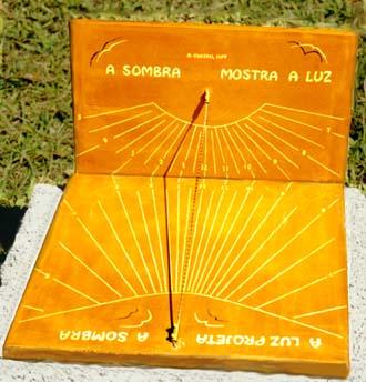 Mecânica (Curioso)   Dos primeiros aos atuais relógios   e-física bc295d3731